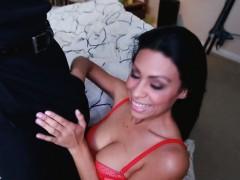 Sexy babe Cassandra Cruz loves to fuck