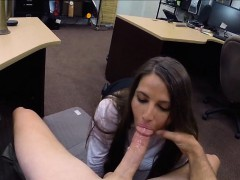 Big ass amateur chick pawns her pussy and filmed for money